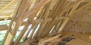 Holzgebaelk Sanierung Kirchendach
